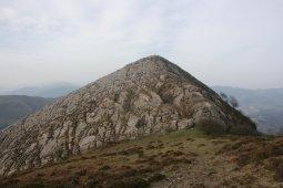 Pico de la Cruz mendia.